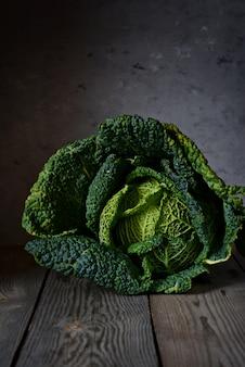 Primo piano del cavolo verde. verdura sana.