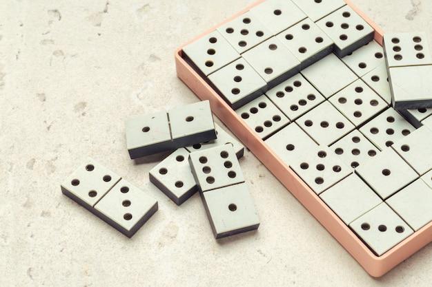 Primo piano del gioco di domino