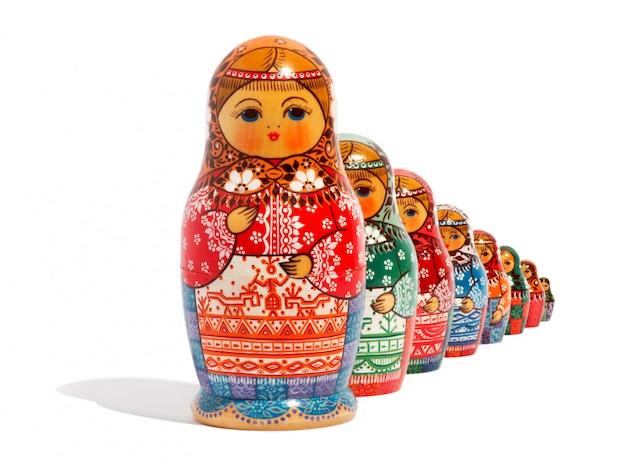 Primo piano delle tradizionali bambole russe matryoshka