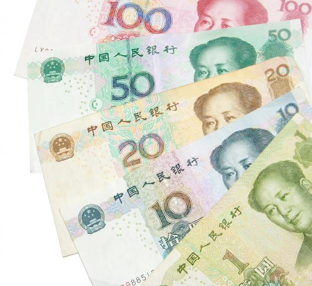 Primo piano di 1 20 50 100 banconote cinesi