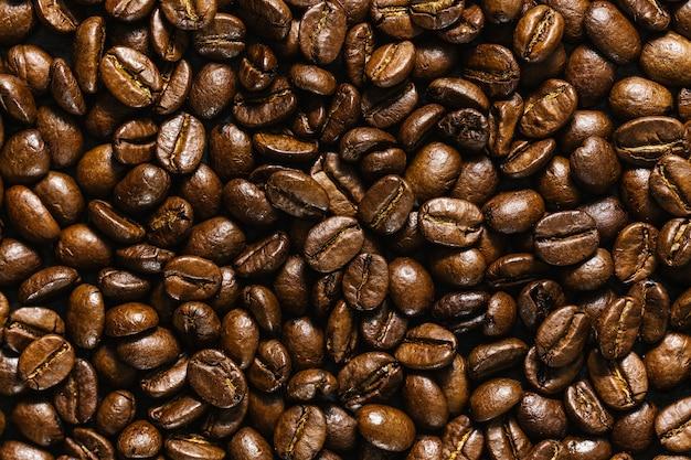 Primo piano di chicchi di caffè