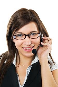 Primo piano di donna d'affari utilizzando un auricolare