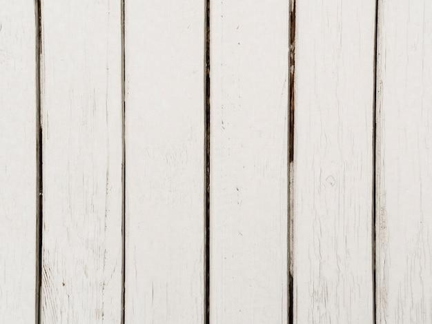Primo piano di fondo strutturato di legno bianco