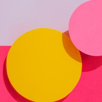 Primo piano di progettazione di carta dei cerchi astratti