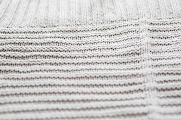 Primo piano estremo della felpa a maglia