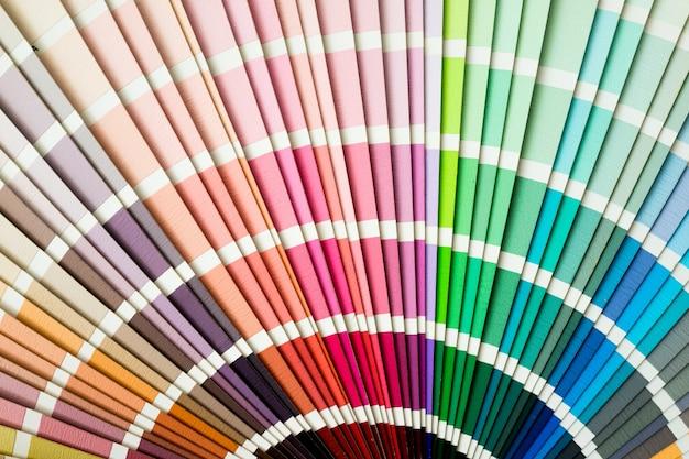 Primo piano guida colori