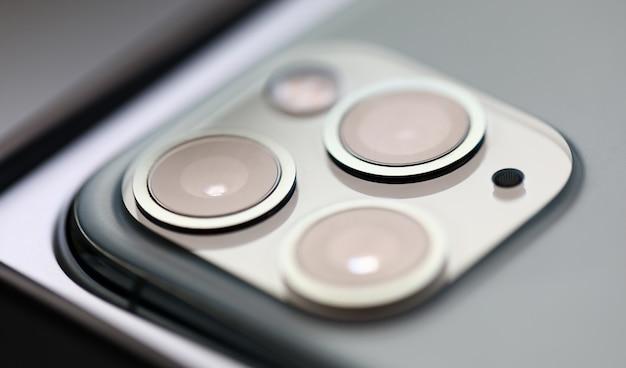 Primo piano pro di immagine della macchina fotografica digitale di iphone