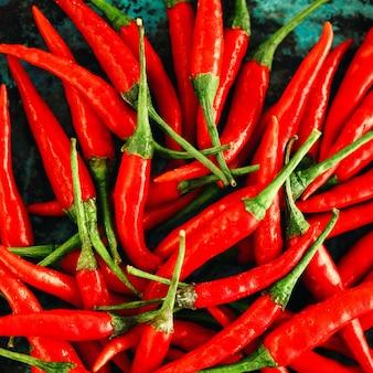 Primo piano rosso dei peperoncini