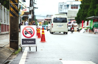 Primo piano sul segno di parcheggio