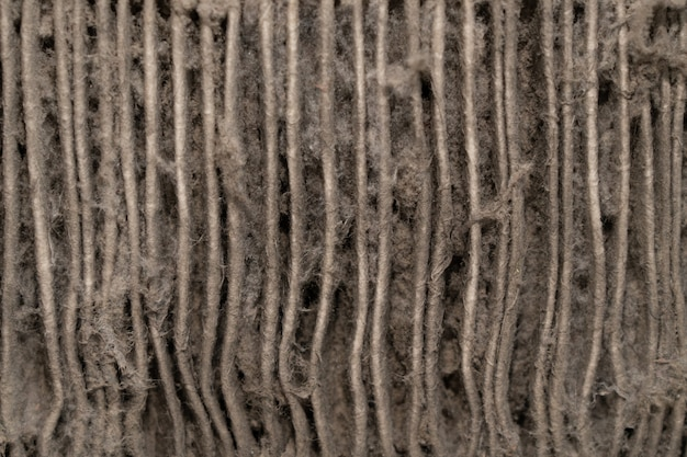Primo piano sulla polvere dal filtro del condizionatore d'aria
