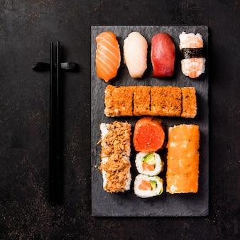 Priorità bassa asiatica dell'alimento, vista superiore, disposizione piana
