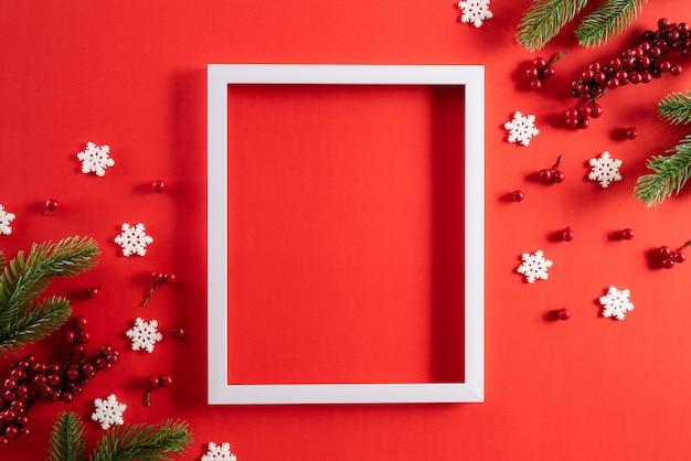 Priorità bassa della decorazione di feste di natale con lo spazio della copia per testo.