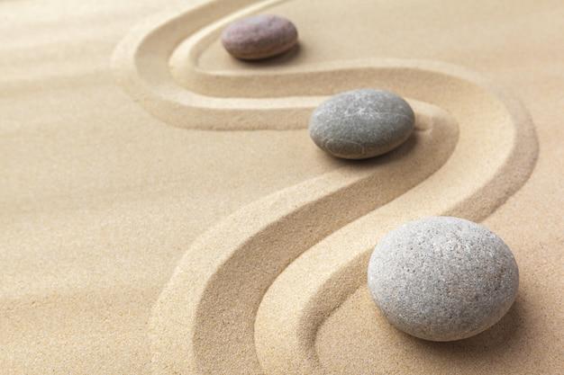Priorità bassa di pietra di meditazione giardino zen
