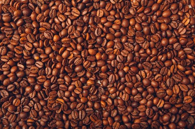 Priorità bassa di vista superiore dei chicchi di caffè