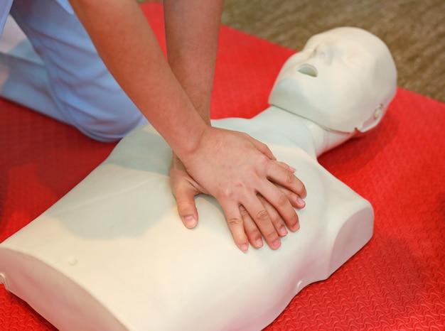 Procedura medica di formazione cpr