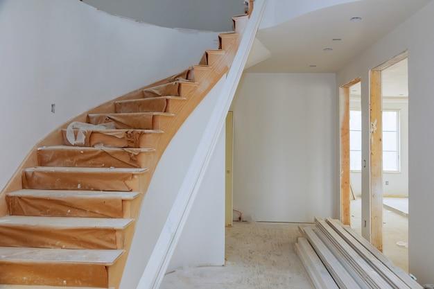 Processo per in costruzione, ristrutturazione, ristrutturazione, ampliamento, restauro e ricostruzione.