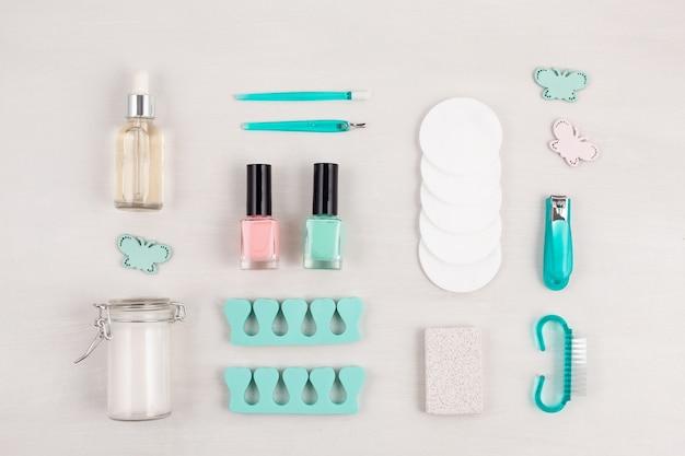 Prodotti cosmetici di bellezza per manicure, pedicure