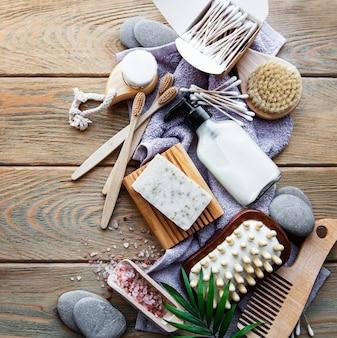 Prodotti cosmetici naturali a zero rifiuti