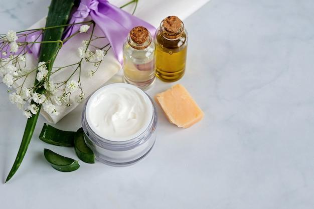 Prodotti naturali per la cura della pelle