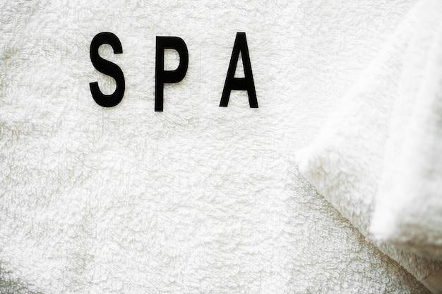 Prodotti per la doccia. composizione prodotti cosmetici di trattamento termale.