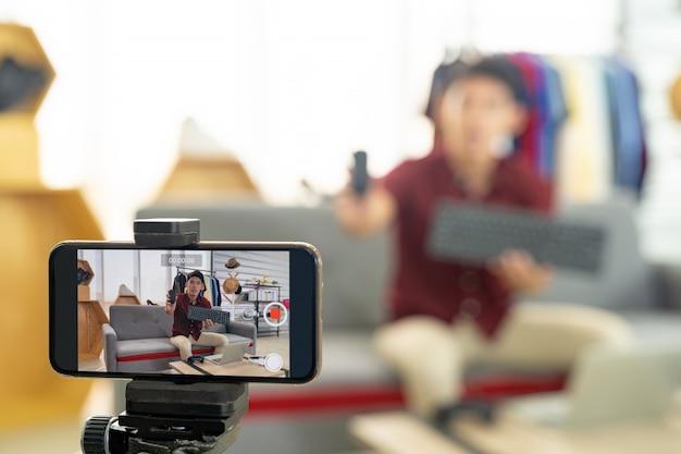 Prodotto it di recensione live di vlogger
