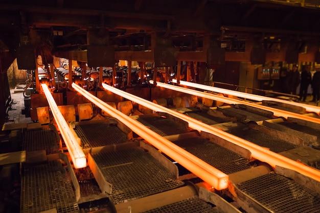 Produzione di acciaio e metallo