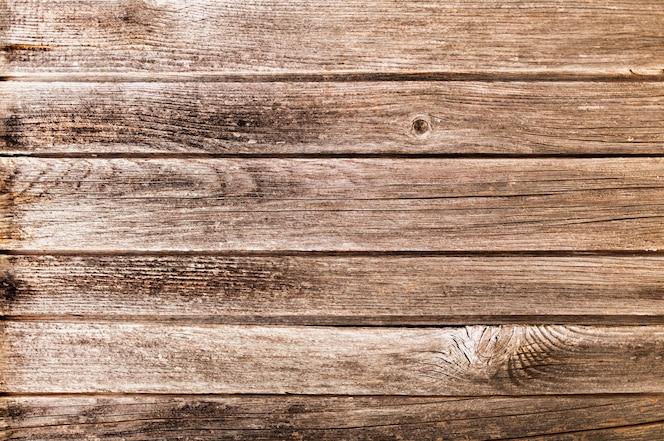 Progettazione del fondo di struttura di legno