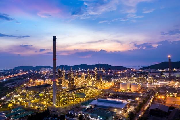 Provincia di chonburi del gruppo petrolifero e del gas della raffineria tailandia
