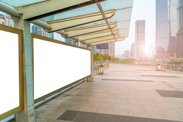 Pubblicità poster promozione cornici verdi 3d