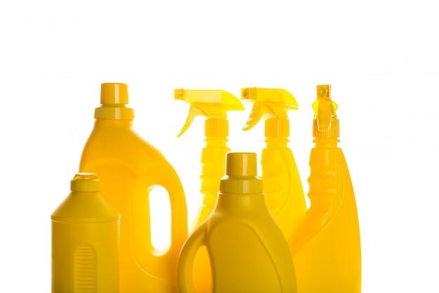 Pulire il contenitore di plastica del prodotto per la pulizia della casa