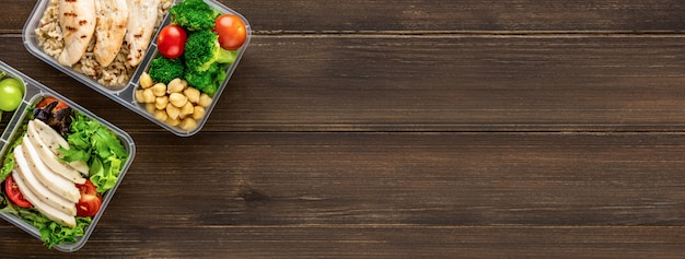 Pulisca il cibo pronto a mangiare a bassa percentuale di grassi sano in scatole del pasto