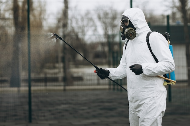 Pulizia e disinfezione in città