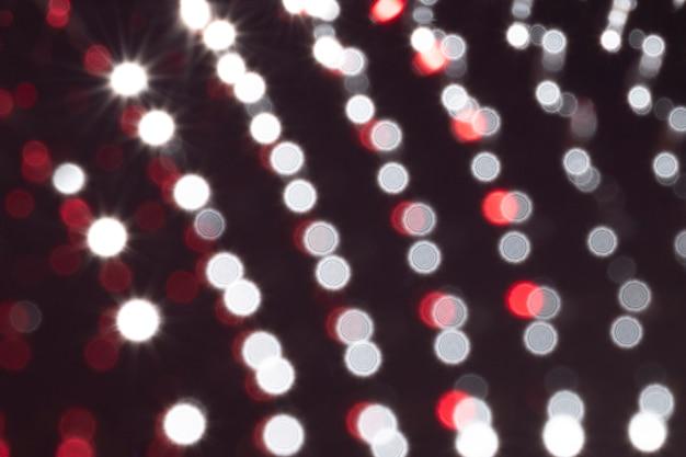Punti sfocati di metallo ferromagnetico a primo piano estremo