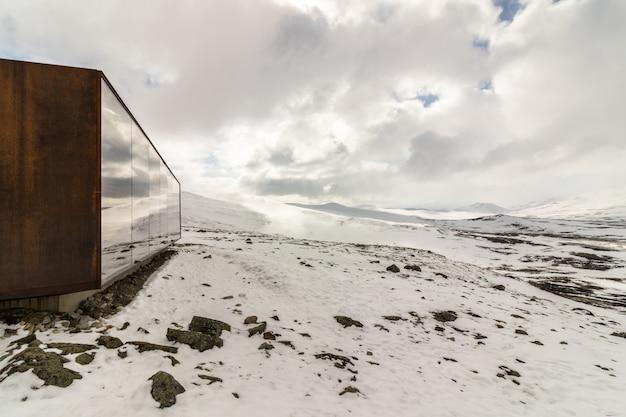 Punto di vista snohetta a dovrefjell, norvegia, vinter e neve