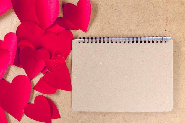 Quaderno e cuore