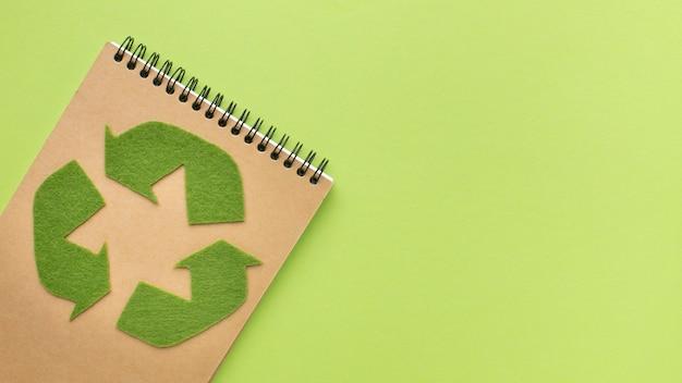 Quaderno ecologico copy-space