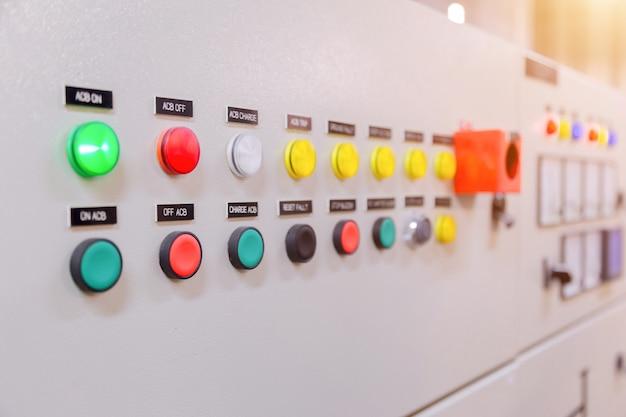 Quadro elettrico di comando in fabbrica / pannello di controllo