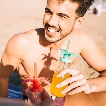 Ragazzo in spiaggia