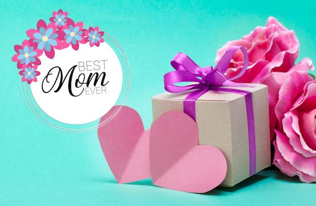 Regalo di happy mothers day rosa con la migliore cartolina d'auguri di mamma