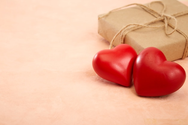 Regalo e cuore per san valentino