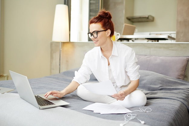 Responsabile finanziario che lavora da casa