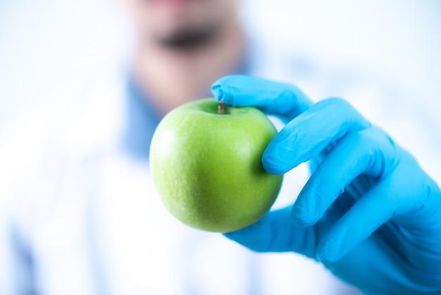 Ricerca su estratti naturali nei laboratori