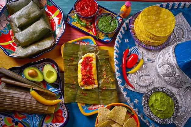 Ricetta del cibo messicano tamale con foglie di banana
