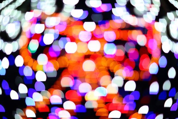 Riflessi colorati di sorgenti luminose puntiformi