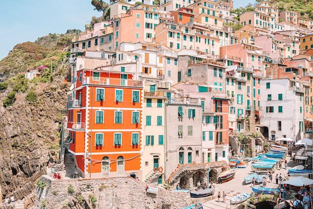 Riomaggiore nella vecchia cinque terre, liguria, italia