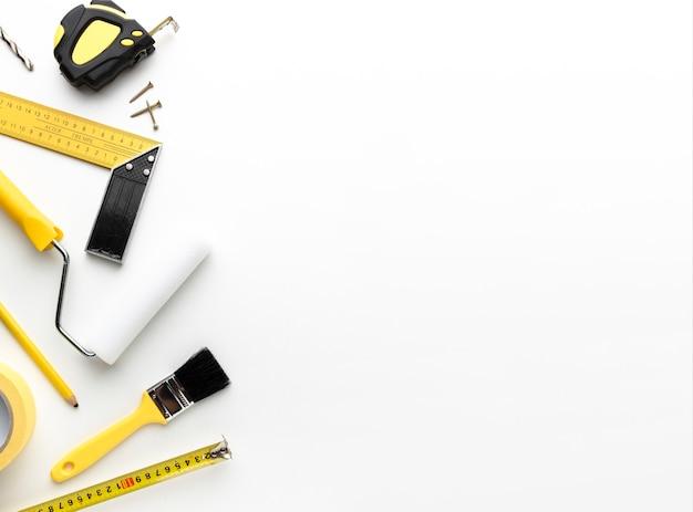 Riparare strumenti e spazzole con spazio di copia