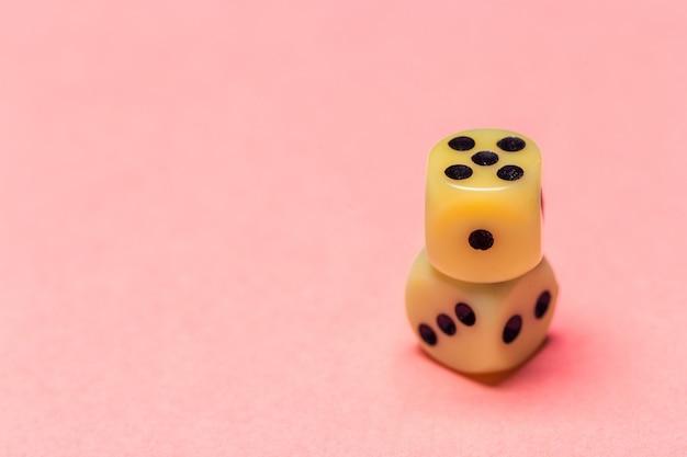 Rischio: giocare a dadi