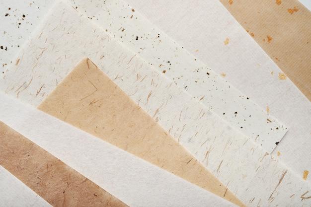 Risma di carta fatta a mano diversa