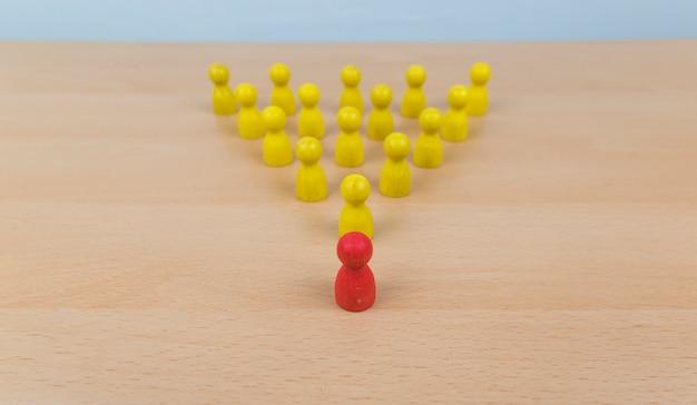 Risorse umane, gestione dei talenti, addetto all'assunzione, concetto di leader del team aziendale di successo.