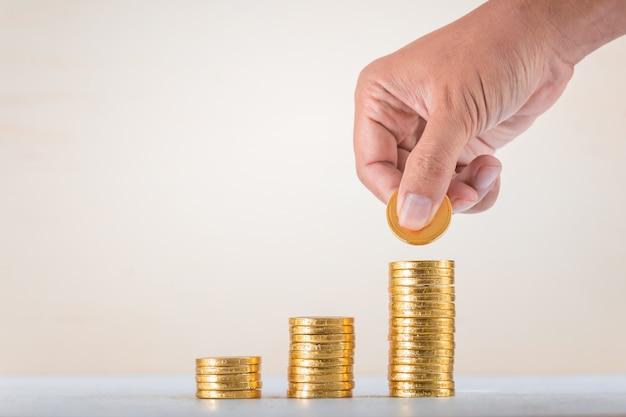 Risparmio, affari crescono sullo sfondo del concetto